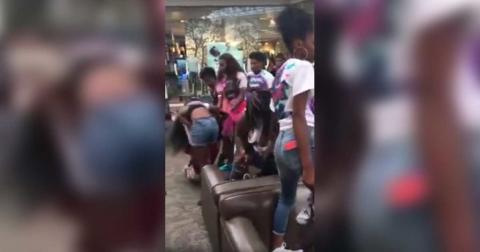 VIDEO: 30 Females Involved In Wild Brawl In Orange Park Mall, Then They Decided To Resist Arrest - Blue Lives Matter